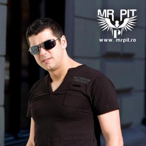 Mr. Pit - Universal Selection